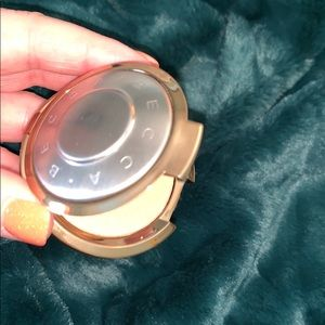 LIGHT CHASER BECCA HIGHLIGHTER